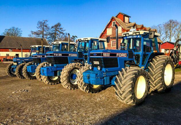 Här står nyinköpta Ford 8830 tillsammans med Ford TW35, Ford TW15 och Ford 7810.