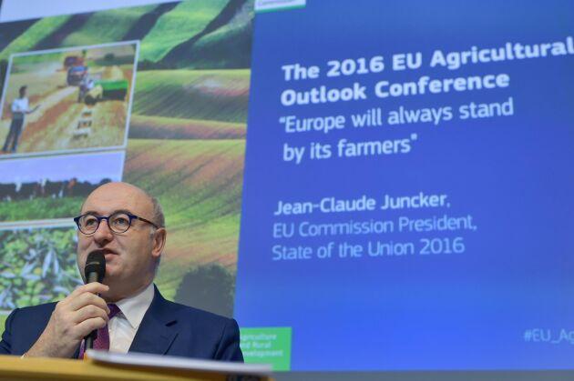 Jordbrukskommissionär Phil Hogan vid EU Agricultural Outlook Conference i Bryssel i dag.