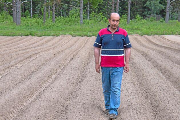 Abdul Hakim Hamsho är agronomen från Syrien som börjat odla grönsaker i Värmland
