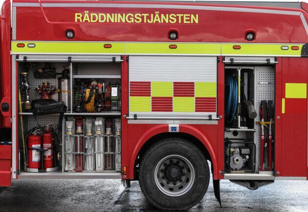 Räddningstjänsten lyckades stoppa glödbranden i botten av spannmålssilon.