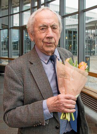 Nötkreatursstiftelsen Skaraborgs stipendium tilldelades professor Göran Jonsson, tidigare chef för försöksgården Brogården och Veterinärinrättningen i Skara. Han är sedan 2005 intendent för Veterinärhistoriska museet i Skara.