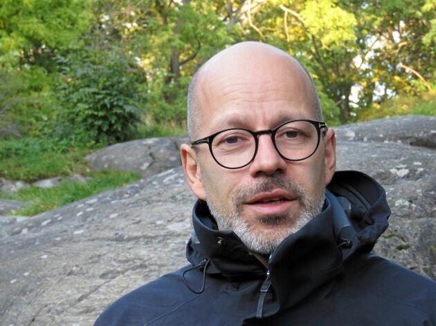 """""""Jag har länge velat försöka mig på att skriva en klassisk kärlekshistoria där pojke möter flicka och förvecklingar uppstår"""", säger Augustin Erba."""