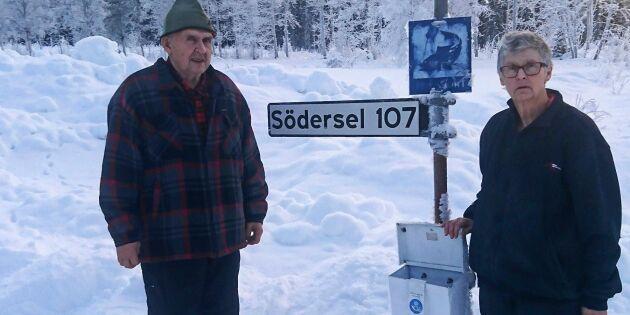 Postnord vill spara – Alf och Anette tvingas åka 2,7 mil till brevlådan
