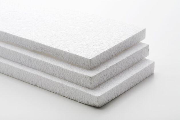 Frigolit sorteras på vissa platser som plast och på vissa platser som plast eller brännbart.