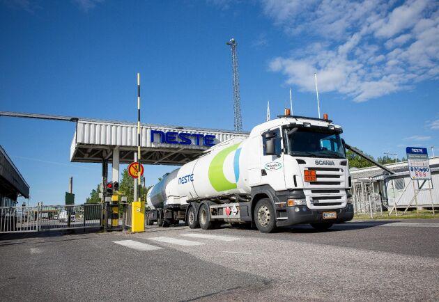 För andra året i rad hamnar Neste på pallplats som ett av de högst rakade företagen ur hållbarhetssynpunkt.