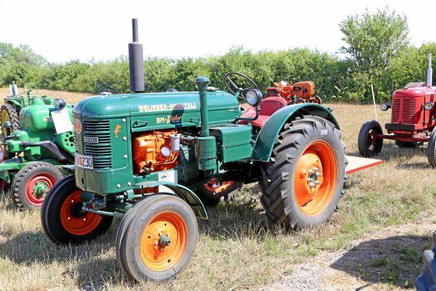 105 000 kr, Bolinder Munktell 230 Viktor 1961, Nyrenoverad traktor i superfint skick. Sista årsmodellen. Stort samlarvärde