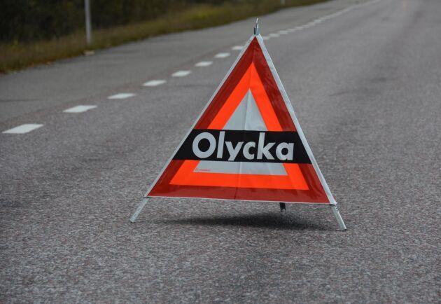En traktor med släp och en personbil krockade under måndagsmorgonen nära Stehag i Eslövs kommun. Arkivbild.