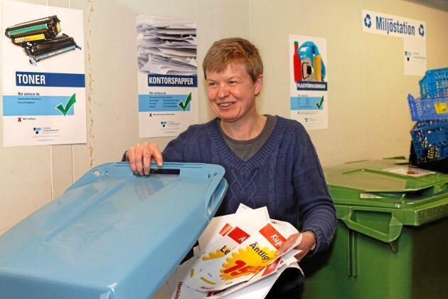 Enligt Axfoods hållbarhetschef, Åsa Domeij, gör vissa tveksamheter i tillverkningsprocessen att företaget överger HVO.