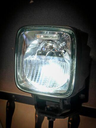 Bländfritt. Nordig Lights har släppt en LED-lampa med reflektorer som gör att den inte bländas.