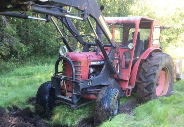 Boxern är Volvo BMs mest tillverkade traktor. Här har en följare skickat in en bild när traktorn kämpar fram i leran. Med de feta däcken kommer det säkert att gå bra.