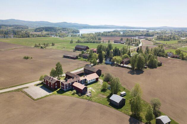 Flygbild över Gästgivars.
