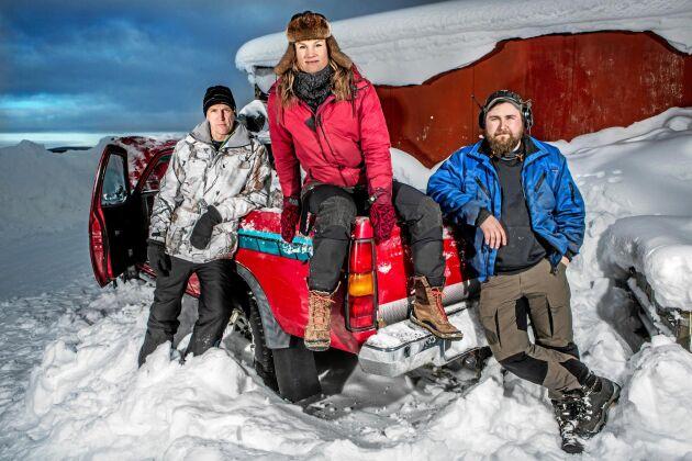 Storuman ska bli ett klimatföredöme för hela Sverige. Här Björn och Heidi med Kristoffer Albertsson, 22 år, en av åtta ortsbor i SVT-serien Storuman forever.