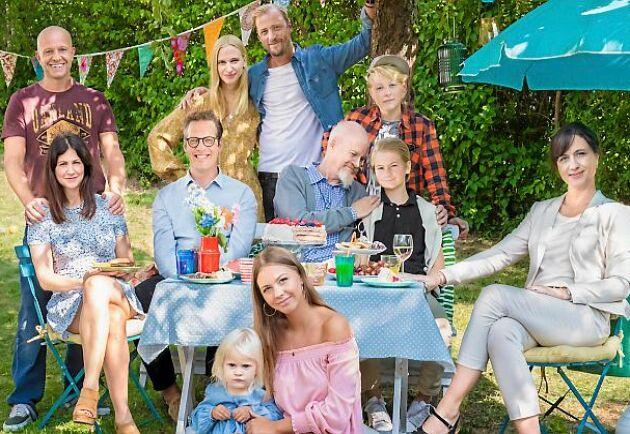 """""""Bonusfamiljen"""" gör comeback med sin tredje säsong våren 2019, och tar avstamp i Gugges (Lill-Babs) tragiska bortgång."""