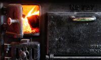 Svårare installera ny vedspis i kök