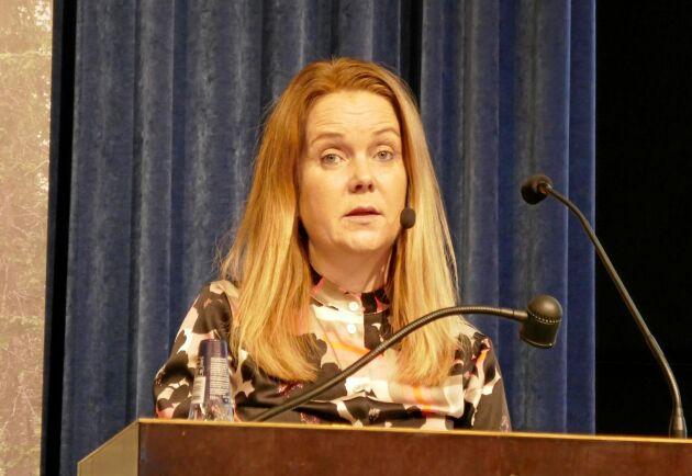 – Politiken måste och kommer att ta ansvar, sa Jennie Nilsson om skogspolitiken.