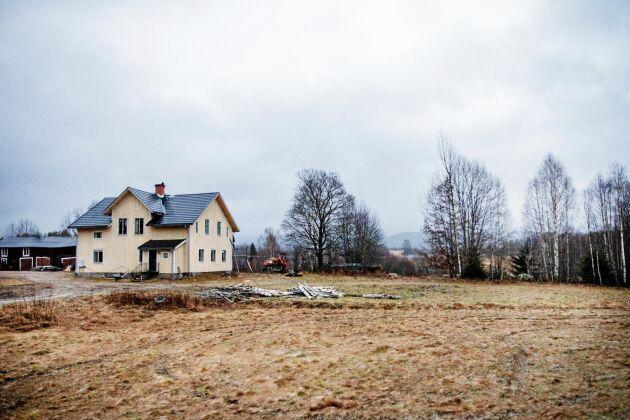 Huset hade stått öde i 22 år och gav ett lite kusligt, öde intryck.