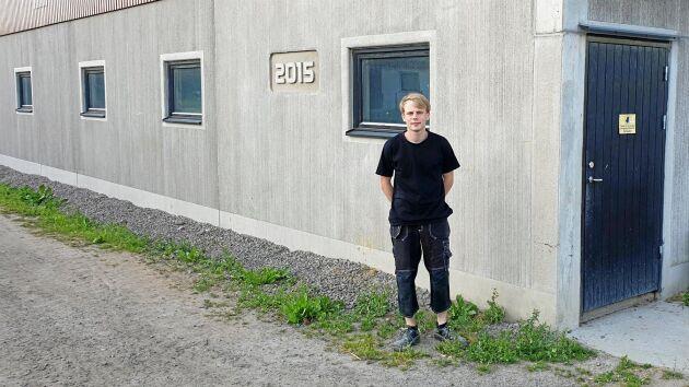 Jakob Runevad, tävlande i Teknikutmaningne, hemma på gris- och växtodlingsgården Li Lantbruk utanför Falkenberg i Halland.