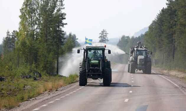 Just nu kämpar många med att släcka skogsbränder, bland annat i Laforsen i Ljusdal.