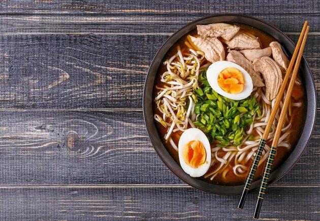 Njut av en rykande varm soppa till middag eller lunch.