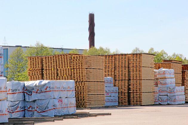 Setra sågverk i Heby är ett av koncernens åtta sågverk