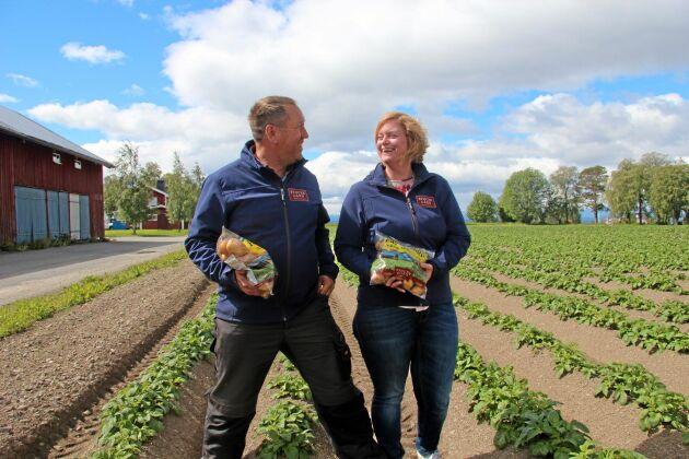 Med utrymme att expandera potatisodlingarna och ett eget packeri har det jämtländska lantbrukarparet Magnus och Malin Larserud siktet inställt på att växa som lokal leverantör, både till handeln och till kök i offentlig regi.