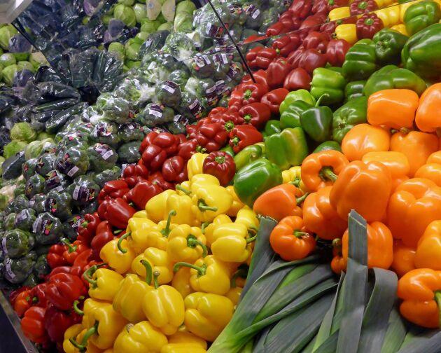 Exotiska grönsaker som vanligtvis importeras från medelhavsområdet är dyrare än vanligt i matbutikerna.