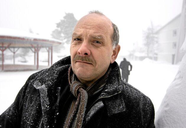 """""""Många av Stora Ensos entreprenörer har redan en ansträngd ekonomi, och för dem innebär den nya produktionsnormen ett val mellan pest och kolera"""", säger Ulf Sandström."""