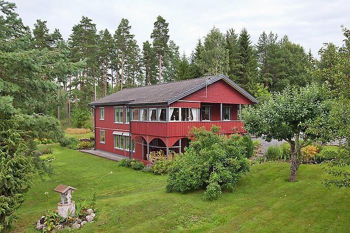 Skogsvillan i Ottekil är på 160 kvadrat.