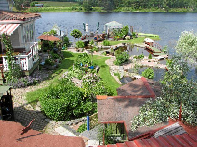 Villa Stålnackes vattenlek från ovan.