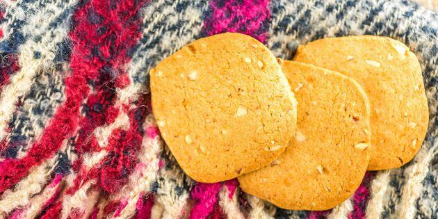 Bondkakor med mandel och sirap