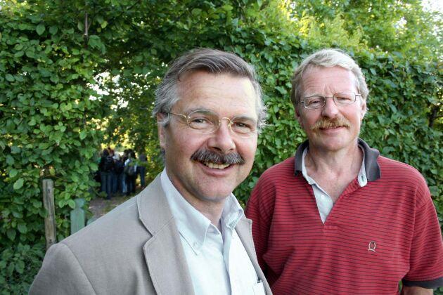Holger Kirchmann och Lars Bergström är två av de fyra professorer som kritiserar regeringen.