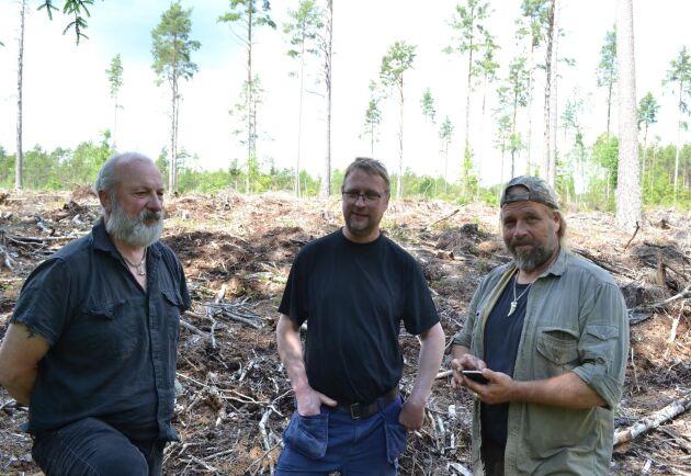 Sveaskog avverkade in på marker som tillhör Sonny Österman, Ingvar Andersson och Marcus Werjefeldt, och som nu vill ha ersättning. Ytterligare en granne drabbades men har avböjt att medverka i ATL.