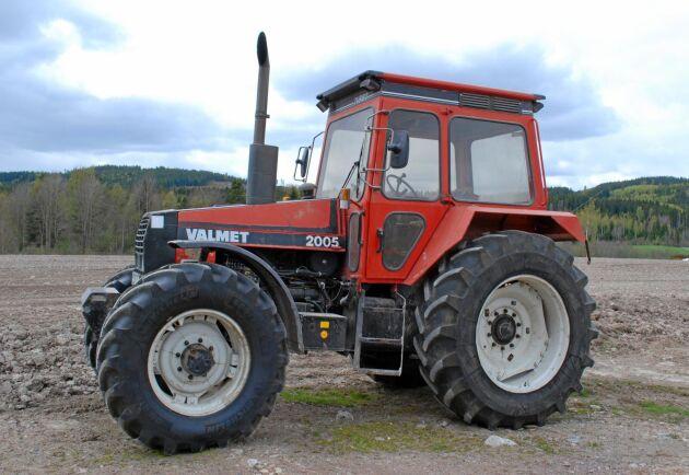 Den här traktorn är den sist tillverkade i Eskilstuna. Traktorn köptes sen av en lantbrukare i Dalarna. När denna bild togs 2014 var traktorn kvar på samma gård.