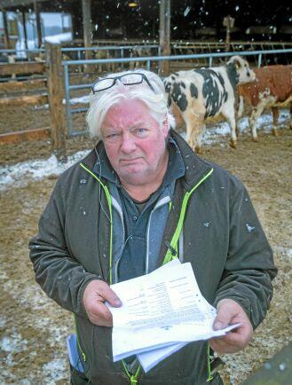 VÄNTAR OCH VÄNTAR. För en storskalig nötköttsproducent som Sten Catoni i Istrum utanför Skara är stödstrulet ekonomiskt kännbart och frestar på likviditeten.