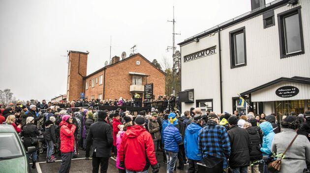 Tidigare i höst marscherade man mot nedläggningen av osttillverkningen i Boxholm.