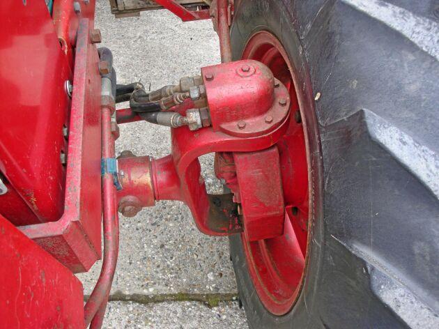 Hjulmotorerna i framhjulen kom från Volvo flygmotor.