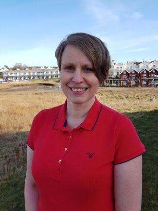 Katarina Andersson på Jordbruksverket tycker att det är oroväckande att tidsåtgången för djurskyddskontroller ökade förra året och att länen är olika snabba på att genomföra kontroller.