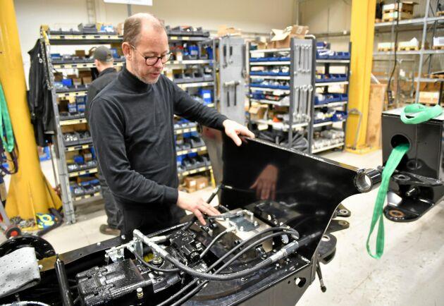Grundaren Magnus Wallin är affärsutvecklingschef på Malwa. Monteringen av skogsmaskinerna görs i Skene i södra Västergötland.