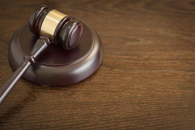 Tredskodomen meddelades av tingsrätten eftersom staten inte lytt domstolens begäran om svar på ett ersättningskrav från en lantbrukare.