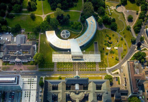 Bayer hänvisar till forskning som visat att glyfosat inte är cancerframkallade. Här ett flygfoto över bolagets anläggning i Leverkusen, Tyskland.