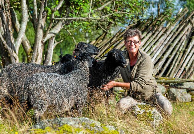 Hellen Wistrand vänder sig gärna med frågor till kommunen, men tar även hjälp av företagarkolleger.