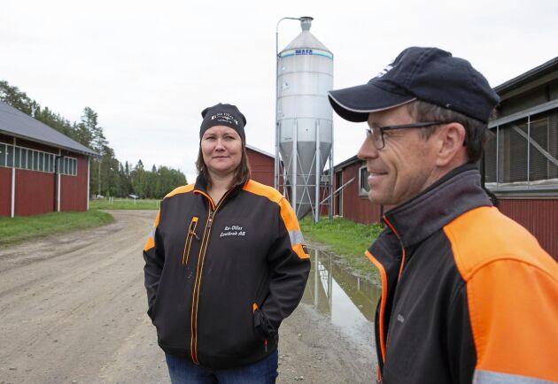 Mjölkbönderna Anna-Lena Nilsson och Olof Nilsson i Tvärålund, fem mil nordväst om Umeå, har byggt ut sin gård i etapper nästan varje år sedan 2006.