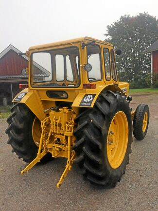 Bortsett från hydraulsystemet, växellådan och kraftuttaget har nästan alla detaljer på traktorn gåtts igenom.