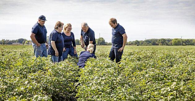 Larsviken är ett familjeföretag med sjunde och åttonde generationen lantbrukare.
