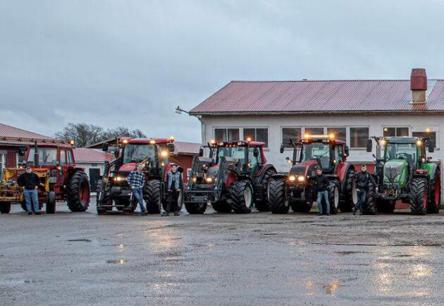 I tisdags hade 13 elever kommit till skolan med traktor.