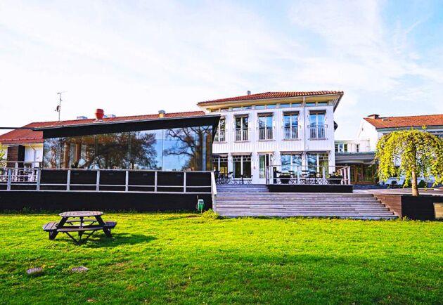 LRF-ägda Sånga-Säby har drabbats hårt när Coronapandemin gjorde så att det blev tvärnit för hotell- och konferensbranschen. Nu stängs anläggningen på obestämd framtid.