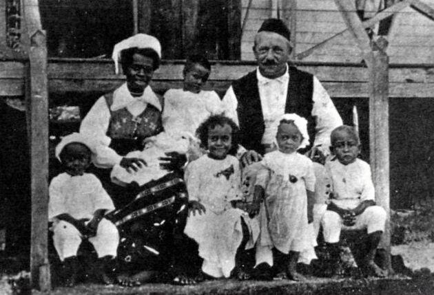 Carl Pettersson gifte sin med kannibalkungens dotter. Tillsammans fick de nio barn.