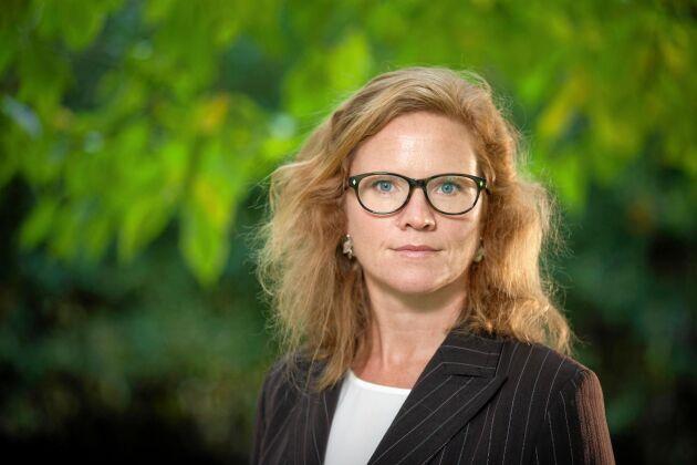 Therese Jacobsson är chef för miljögifter, hav och jordbruk på Naturskyddsföreningen, och vill att Sverige förbjuder PFAS–kemikaler i vardagliga produkter.
