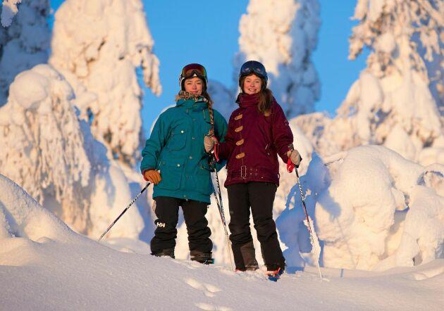 Systrarna Rebecka och Nadja driver vidare familjens skidanläggning hemma i Kåbdalis.