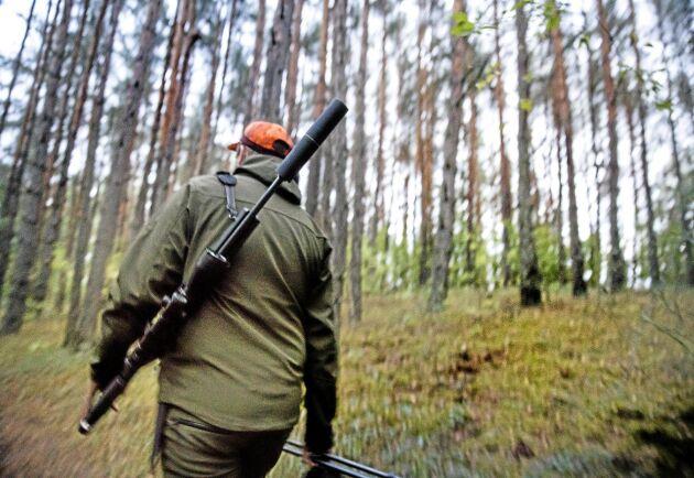 Lantbrukare och jägare måste samarbeta i högre grad och deras organisationer måste ge incitament, skriver Jägareförbundets generalsekreterare Bo Sköld i en replik.